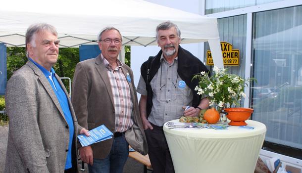 Wahlkampfstand der UWV Heimbach
